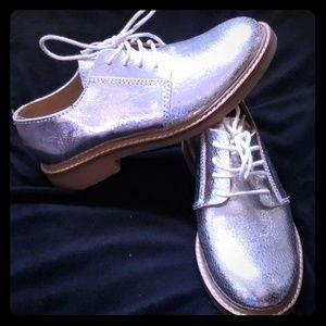 Girls kids silver shoe